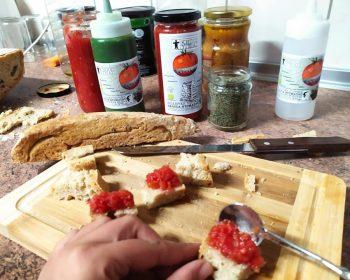 Δοκικιμές για το σερβίρισμα της σάλτσα μας